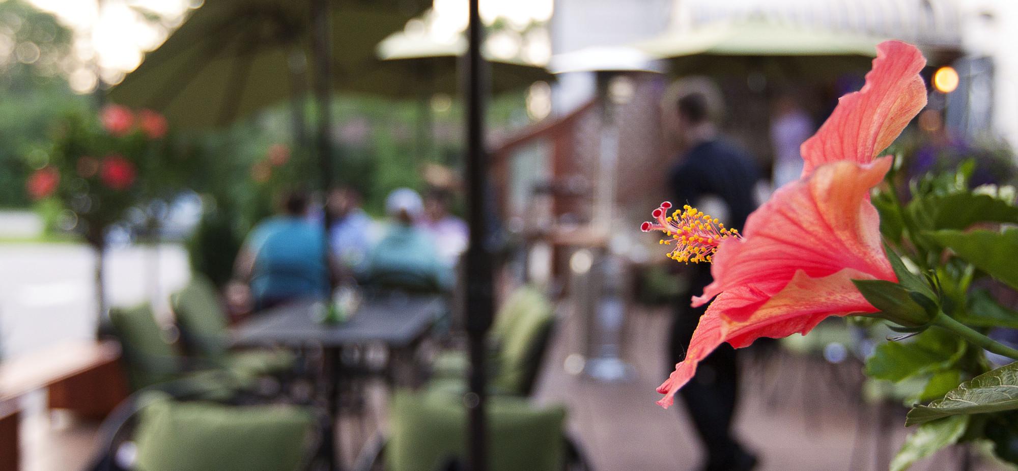Kurt's Steakhouse Patio Outdoor Seating