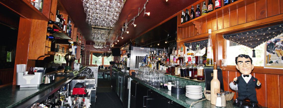 Kurt's Steakhouse Bar